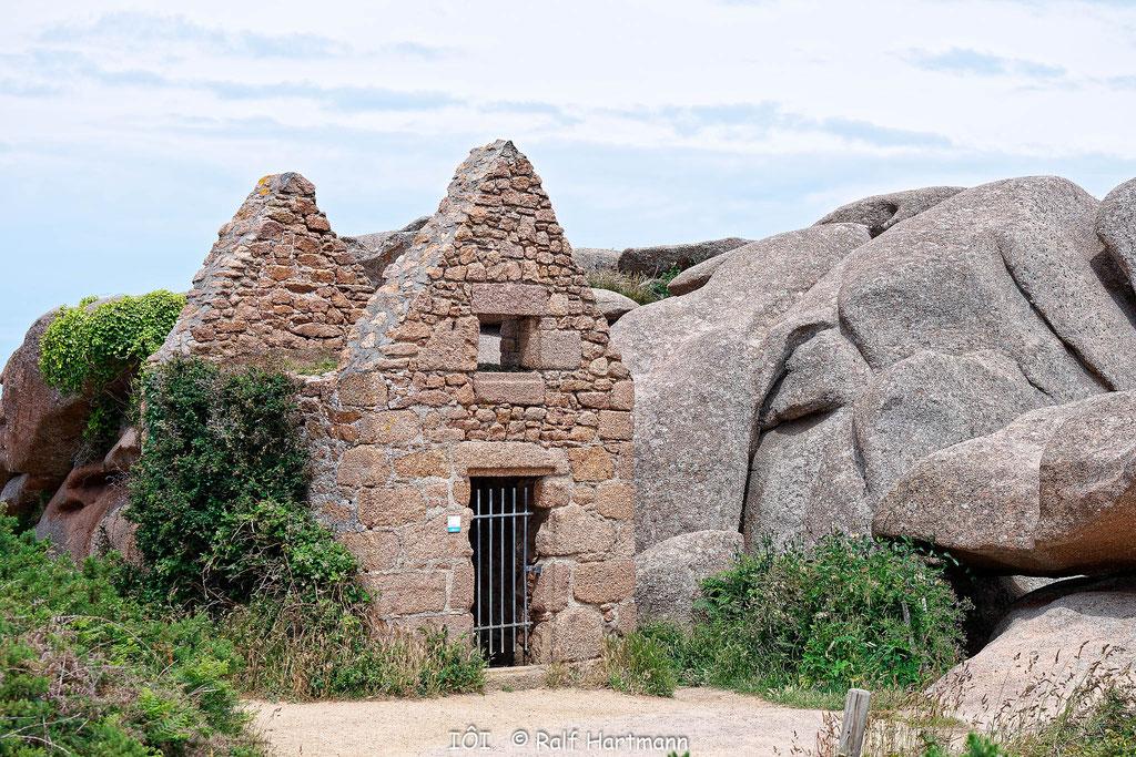 Bild: Ruine Sentier des Dounaniers - Zöllnerpfad in Ploumanac´h und Felsenpark