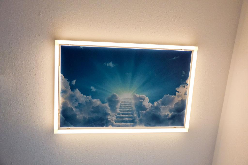 Haller Infrarotheizung mit LED Leuchtrahmen