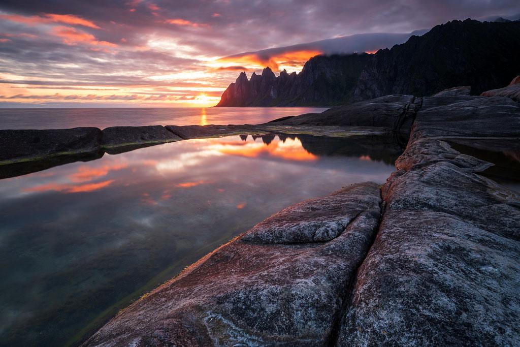 Mitternachtssonne über Tungeneset, Ersfjord