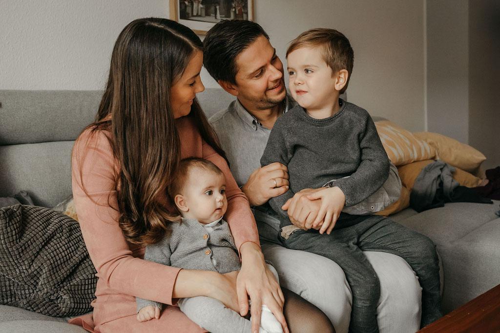 Familienfotograf im eigenen Haus in Bergedorf