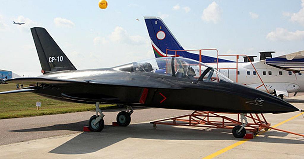 SR-10 durante la presentazione a MAKS '09 /(Foto: KB)