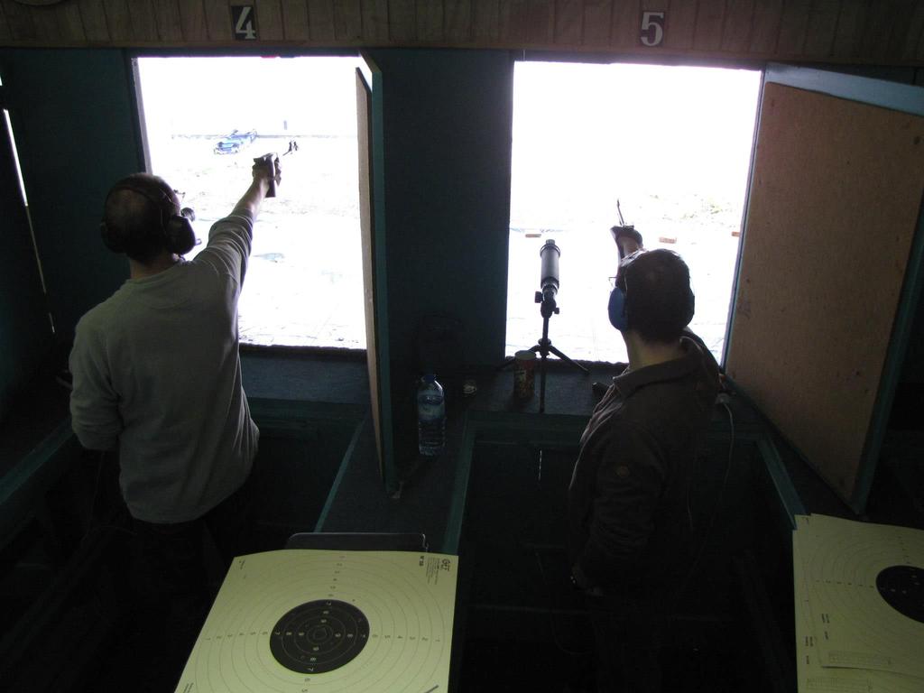 Compétition de tir au pistolet à 50 mètres