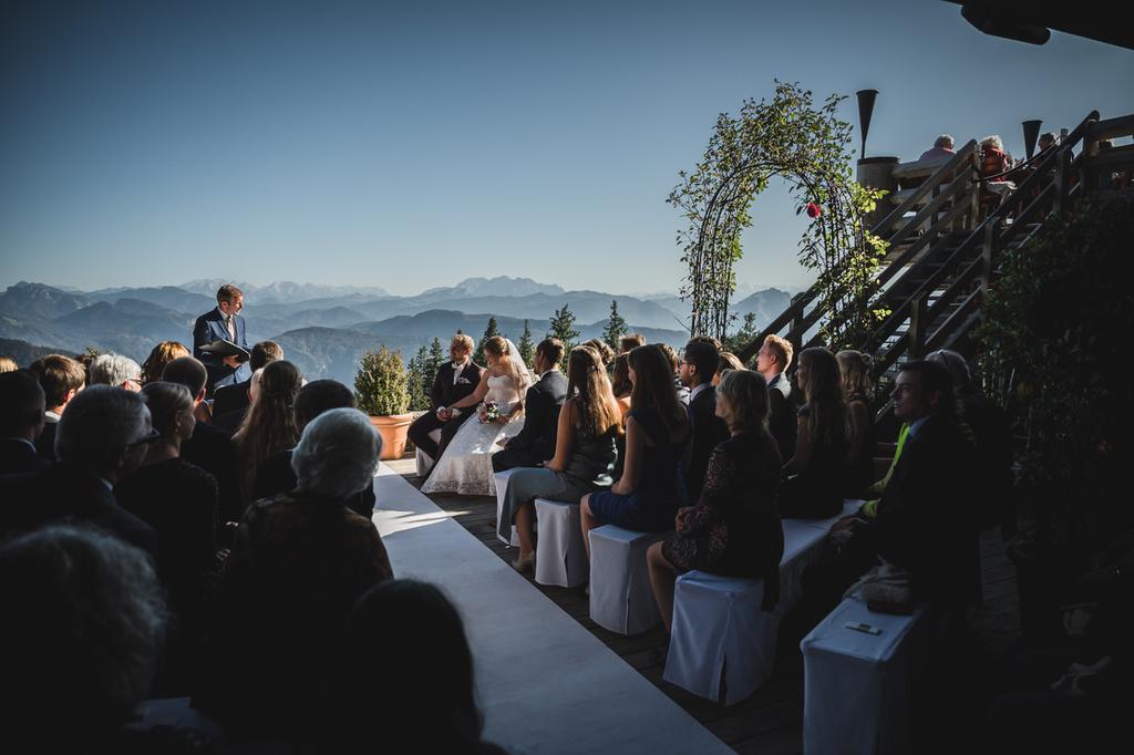 Trauredner Pierre Ulfig bei freier Trauung an der Kampenwand, Die Hochzeitsmacher