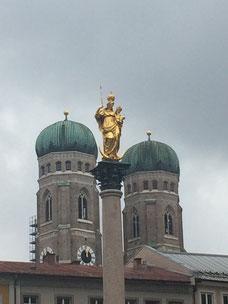 München: Dom und Mariensäule - Foto: Heidrun Langer