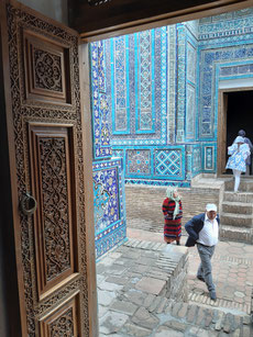 Prächtige Grabbauten prägen den Friedhof Shah-i-Zinda in Samerkand
