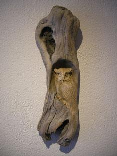 Schnitzerei Eule Holzskulptur geschnitzt Paul Widmer