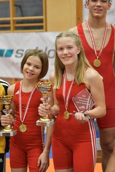 Sophia Meraner und Anna Zimmermann strahlen um die Wette