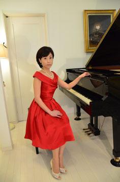 olive piano lesson