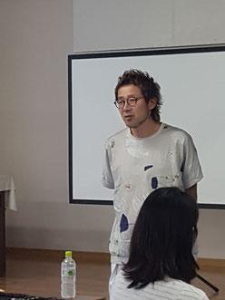 古里 マサヒコ 講師(東京)を招いて、鹿児島早苗会の2019年7月期の講習会が開催された。(2019.7.1)