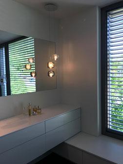 Kundenfoto Badbeleuchtung - 3er-Cluster Pendelleuchten CUBIE von VISO lighting