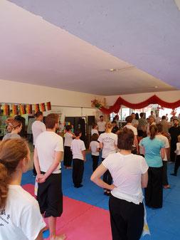 Jing Wu Kung Fu Köln: Aufstellung bei der Prüfung