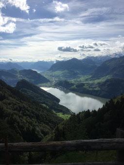 Blick von der Alp Understeigli über den Alpnachersee Richtung Stanserboden.