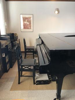 ハマダ音楽教室のグランドピアノです