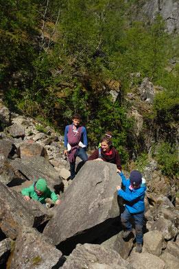 Auf der Wanderung mussten manchmal ganz schön klettern