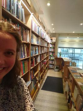 Catalina im Katholischen Buchladen in Stockholm