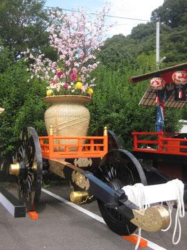 御祭礼のシンボル 「石引台花車」