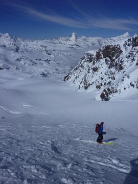 Skitour, Skihochtour, Wallis, Schweiz, Strahlhorn, Adlerpass, Adlergletscher, Findelgletscher, Abfahrt nach Zermatt