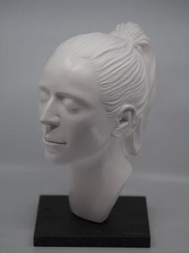 Giada Ilardo/ Portrait abgiessen/ Giahi/ Mannenbach/ bildhauerwerkstatt