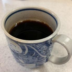 茶しぶの付いたカップへ注いでしまった笑。