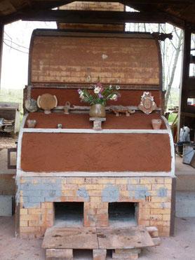 Four à Céramique cuisson au bois de Bouquet de Flammes by Caco et Sylvie .