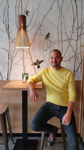Dominik Wohlfeil in seinem Dean & David Store