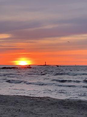Sonnenuntergang am lettischen Strand