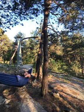 So lässt's sich leben: Antonia in ihrer Hängematte im Ekebergpark