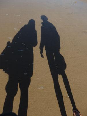 Viele wünschen sich schlank und rank zu sein, wie das Abbild ihres Schattens