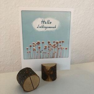 Kartenhalter als Holzklotz mit Schlitz als Hochzeitdekoration in Bielefeld