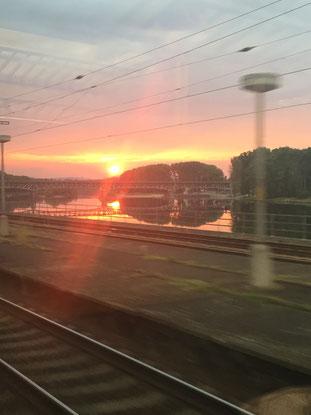 unterwegs, Zugfahrt, Interrail, Sonnenuntergang