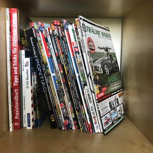 diverse Oldtimer-Magazine und Bücher
