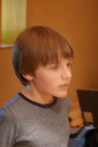 Jakob Weihrauch, 14 Jahre,  führt !