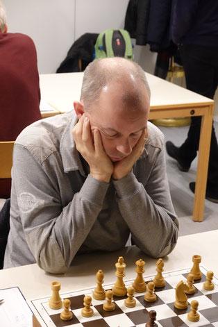 Günter Klemm holte an Brett 1 den Ganzen Punkt