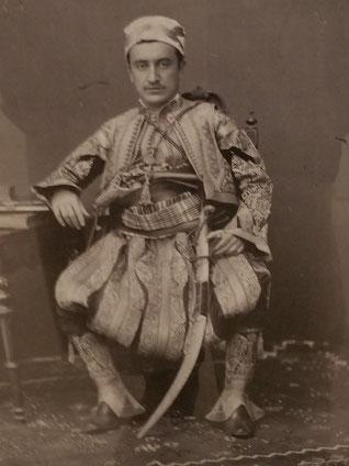 Portrait exposé à la photothèque Marubi