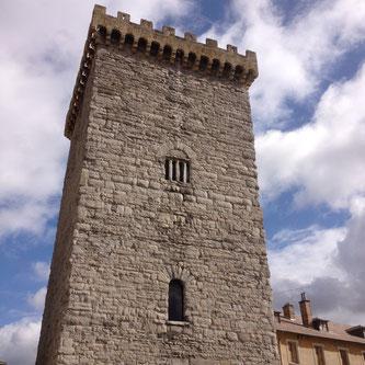 Tour Brune, Embrun, patrimoine, architecture médiévale,