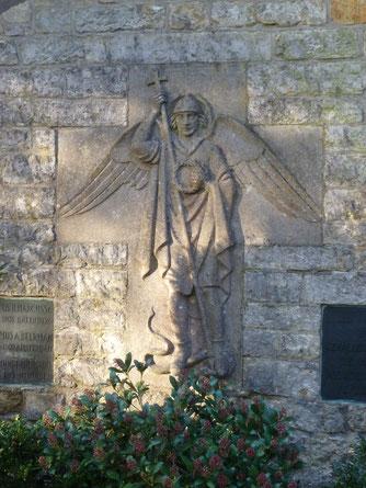 BHLS - Aartsengel Michael op een Mariakapel