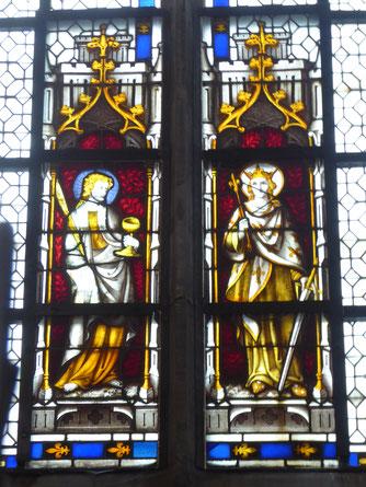 Doornik - Sint-Lodewijkkapel -Koning Lodewijk IX van Frankrijk, de Heilige. Zijn mantel wemelt van de Franse lelies.