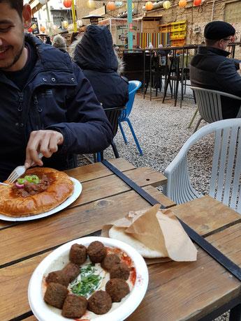 Street Food Market Karaván