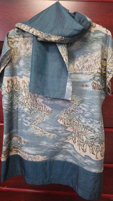 Une robe en laine de kimono d'homme.
