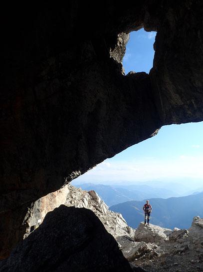 tolle Höhle im Abstieg