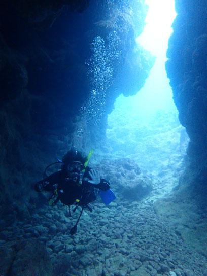 石垣島でのんびりダイビング「水中コンデジ」ヒートハートクラブ