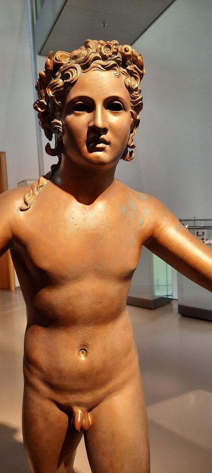 """Römische Bronzeskulptur als """"stummer Diener"""" - (Rheinfund) Ausstellung APX-Römermuseum"""