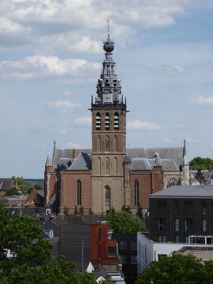 Nijmegen - Stevenskerk gezien vanuit het westen