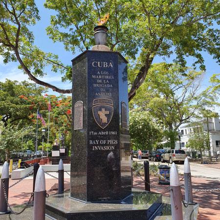Memorial Boulevard, Varkensbaai, Cuba, Little Havana, Miami.