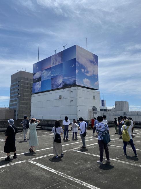 廣瀬智央《空のプロジェクト:遠い空、近い空》(アーツ前橋コミッションワーク)