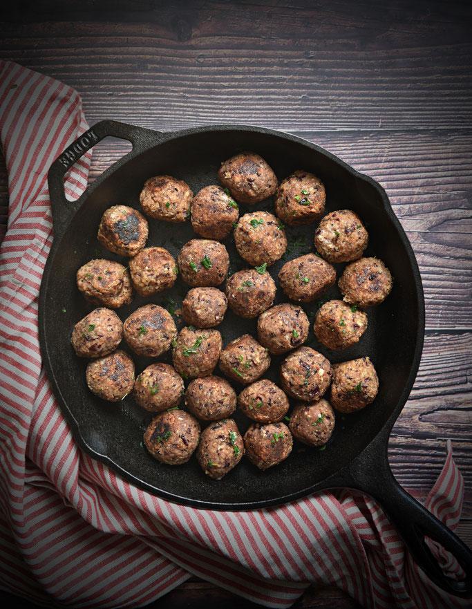 Vegetarische oder vegane Hackbällchen aus Kidneybohnen und Haferflocken, Thermomix