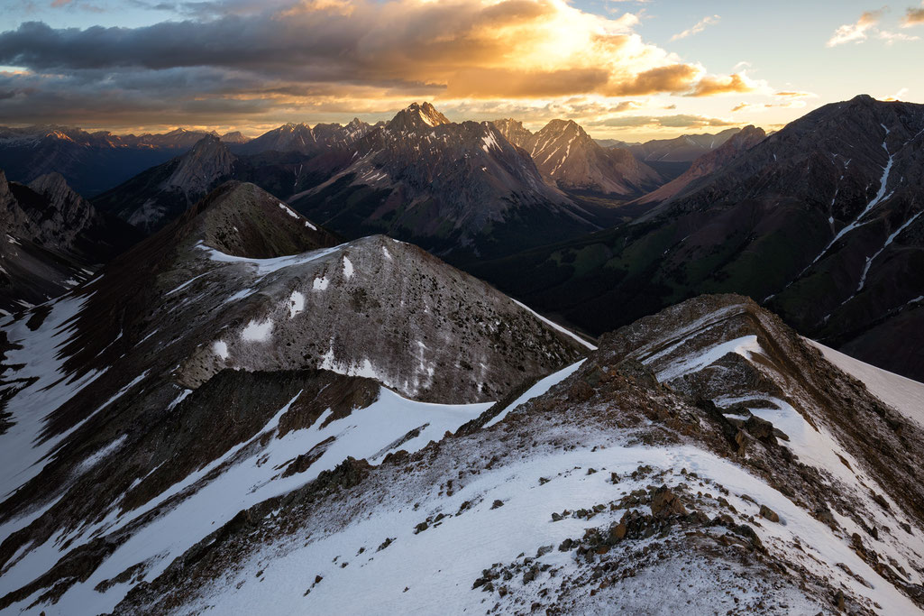 Pocaterra Ridge at sunrise, Kananaskis Country, Canada
