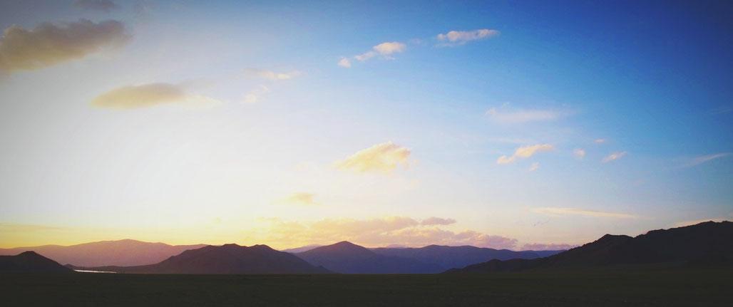 bigousteppes mongolie camion ciel soleil soir