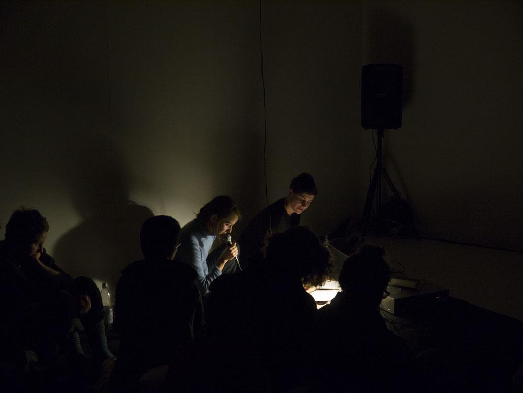 Time of Flight, Januar 2019, Studio 45 Künstlerhaus Wendenstrasse Hamburg, gemeinsam mit Helena Wittmann