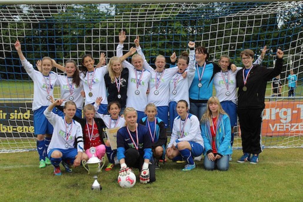 2014: Drei Teams im Finale. Doch nur die C-Mädchen konnten den Turniersieg erringen.